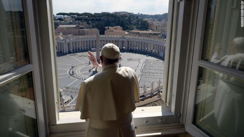 روز یکشنبه پاپ فرانسیس به سوی … 270257001584353405