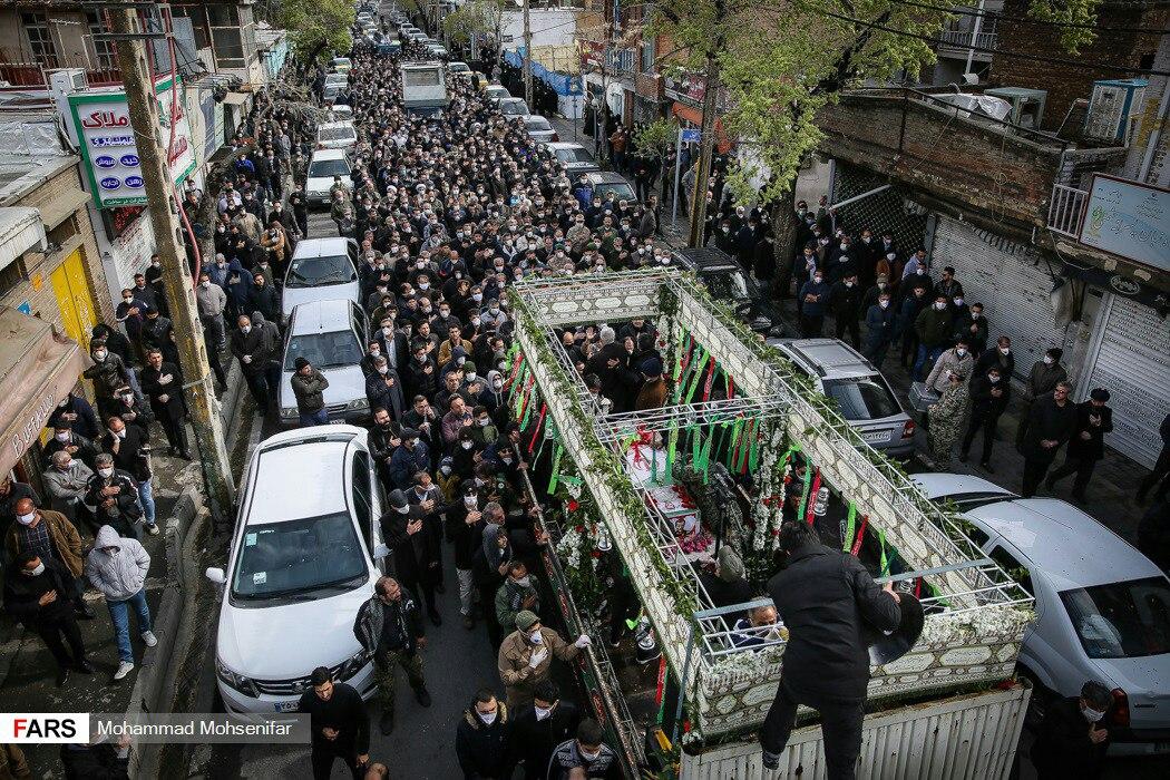 تشییع جنازه حسین اسداللهی که … 332828001584968408