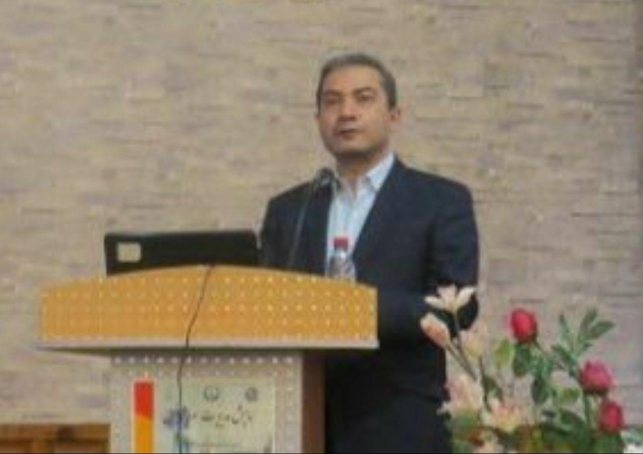 دکتر وحید منصف، دانشیار دانشگ … 940720001583749204